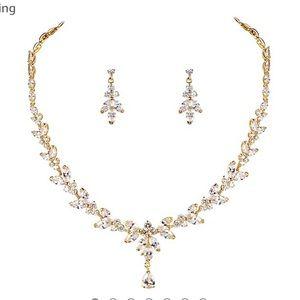 Jewelry - Bridal jewelry set
